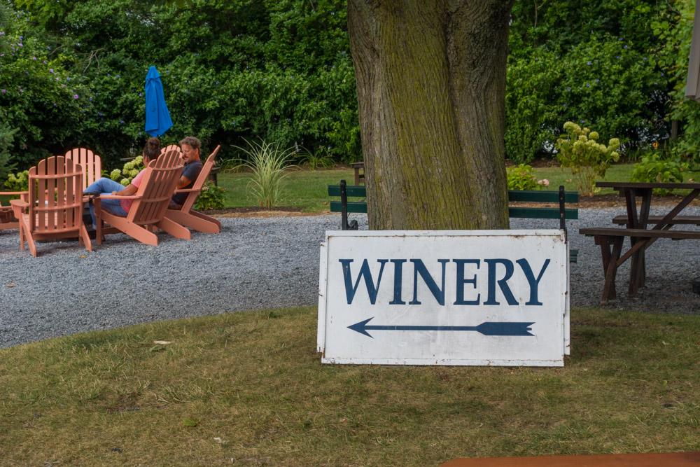 Lenz Winery_01_Jason Nadler