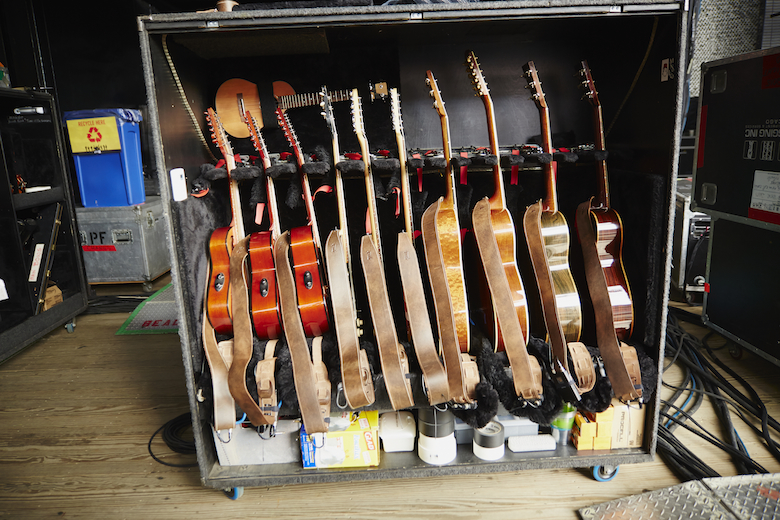Guitars_Yvonne Abinowski