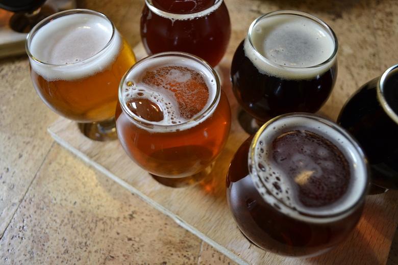 BeerFlightLongIslandCity_ValeoAndBreslawski