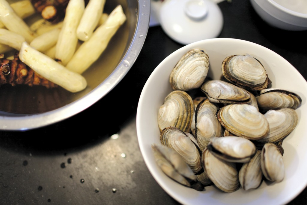 We have had Chef Anita Lo's steamer clams and we look forward to the potato and celtuce she will prepare at Chefs and Champagne.