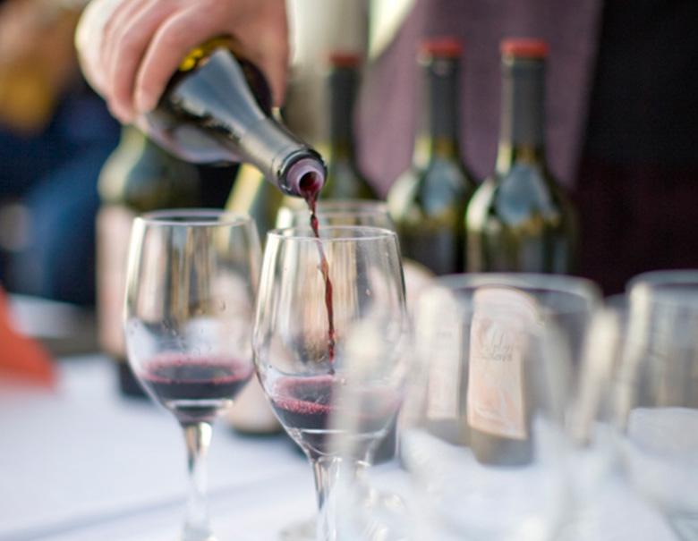 insets-rec-winetasting
